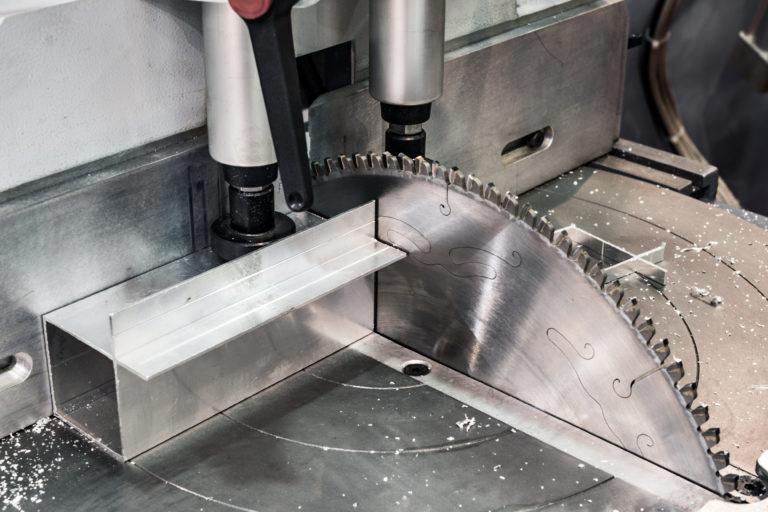 Circular saw for cutting aluminum.